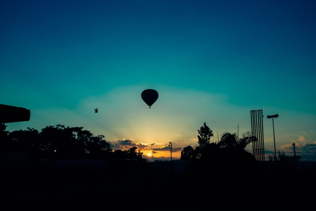 flying-hot-air-balloon-sky-105218-1024x683